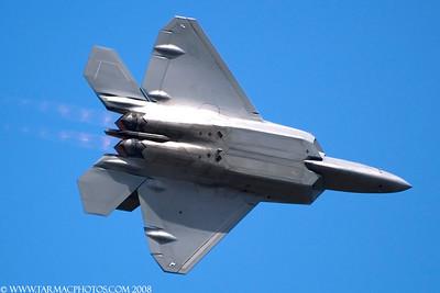 LockheedMartinF22A044071Langley_40