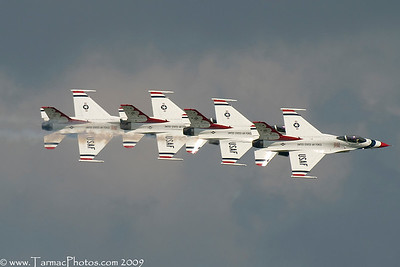 UnitedStatesAirForceThunderbirds_37