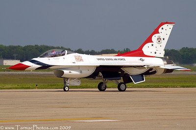 UnitedStatesAirForceThunderbirds_42