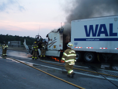 WEST MAHANOT TOWNHIP - INTERSTATE 81 TRACTOR TRAILER FIRE 7-26-08 PICTURES BY COALREGIONFIRE