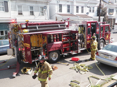 MAHANOY CITY HOUSE FIRE OUT 6-25-2010 PICTURES BY COALREGIONFIRE