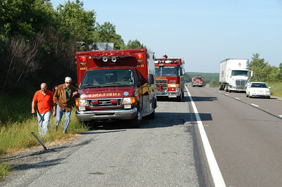 MAHANOY TOWNSHIPP MM 129 NBL I 81 VEHICLE ACCIDENT 6-18-2010 PICTURES BY COALREGIONFIRE