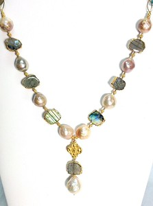 "7-MP-LAB CO189  MING PEARLS WITH LABRADORITE SLICES DIPPED IN GOLD AND VERMEIL FINDINGS AND PENDANT  16 + 2"" EXT"