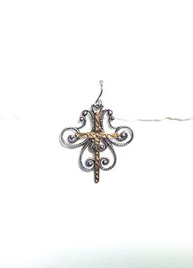 8587-34 CO55. STERLING SWIRL WITH BRONZE CROSS EAR