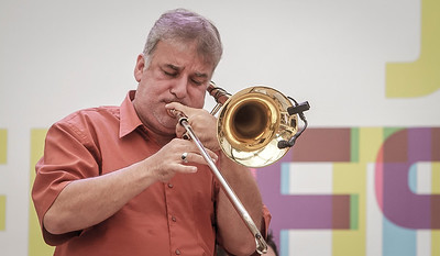 01_05_2017_JURERE_JAZZ_2017_BRASS GROOVE BRASIL_OPEN SHOPPING_ROPE8332_FOTO_Bruno Ropelato