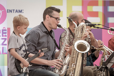 01_05_2017_JURERE_JAZZ_2017_BRASS GROOVE BRASIL_OPEN SHOPPING_ROPE8313_FOTO_Bruno Ropelato