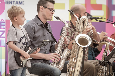 01_05_2017_JURERE_JAZZ_2017_BRASS GROOVE BRASIL_OPEN SHOPPING_ROPE8309_FOTO_Bruno Ropelato