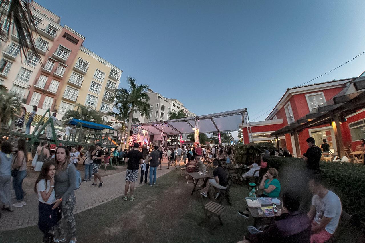23_04_2017_JURERE_JAZZ_2017_LEANDRO FORTES TRIO_OPEN SHOPPING_ROPE3066_FOTO_Bruno Ropelato