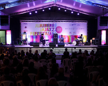 30_04_2017_JURERE_JAZZ_2017_()_AMARO FREITAS_JURERE OPEN SHOPPING_ROPE7876_FOTO_Bruno Ropelato