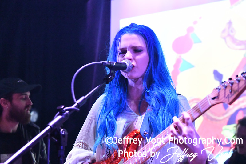 Elizabeth II, A Punchy Rock and Roll Band in Concert at Pie Shop DC, Washington DC 4/11/2019