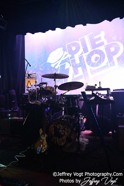Leo and Cygnus, A Indie Rock Band in Concert at Pie Shop DC, Washington DC 4/11/2019