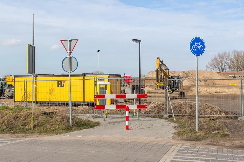Het pad langs de IJsseldijk is nu afgesloten