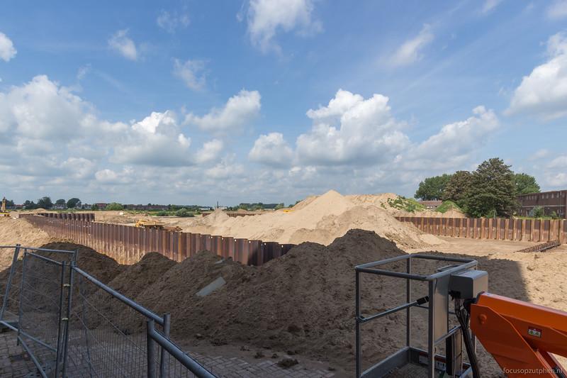 Heel veel zand in de haven