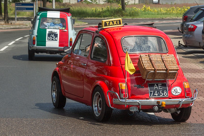 Er rijden heel kleine taxi's