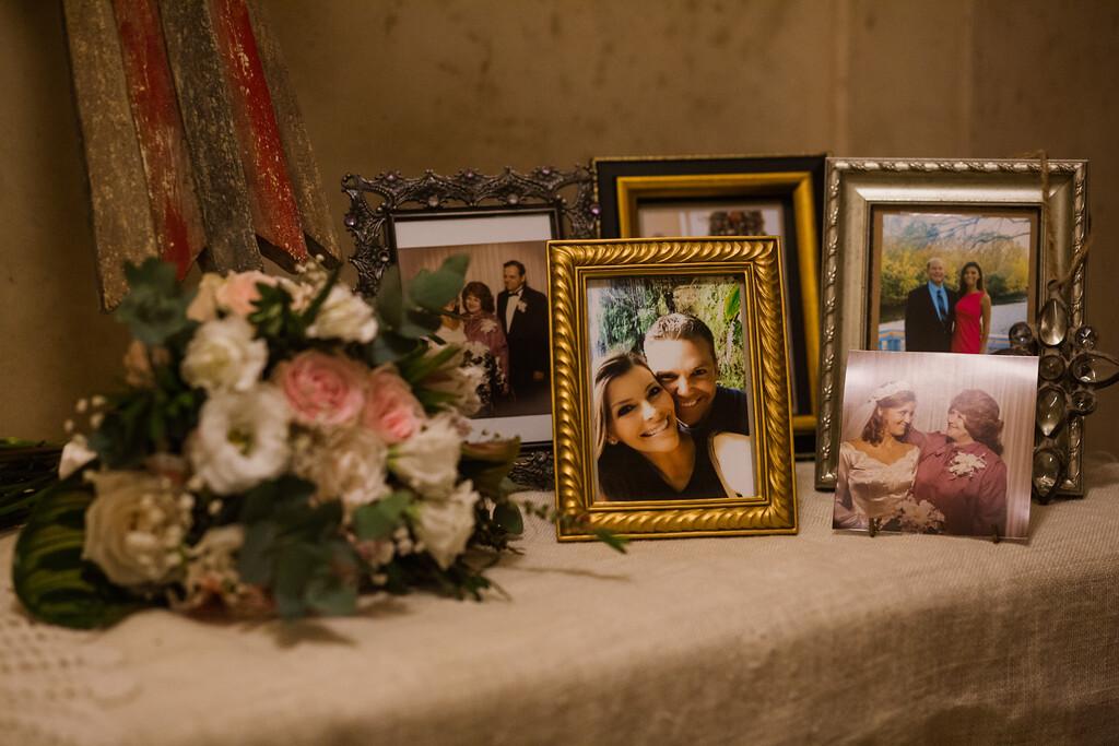 197-l-j-casa-roca-wedding