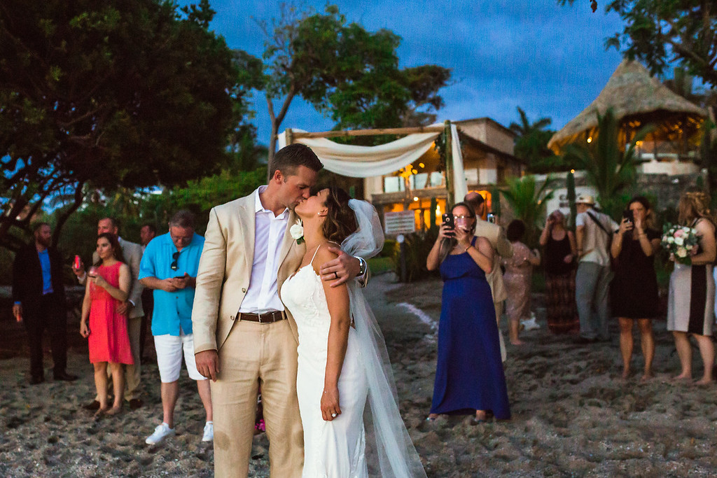 154-l-j-casa-roca-wedding