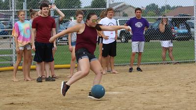 Kickball-05191763