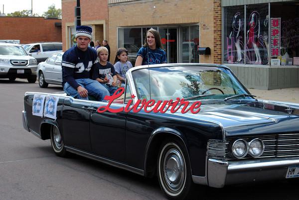 Homecoming Parade-RB 045