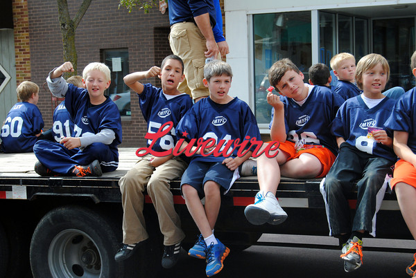 Homecoming Parade-RB 276