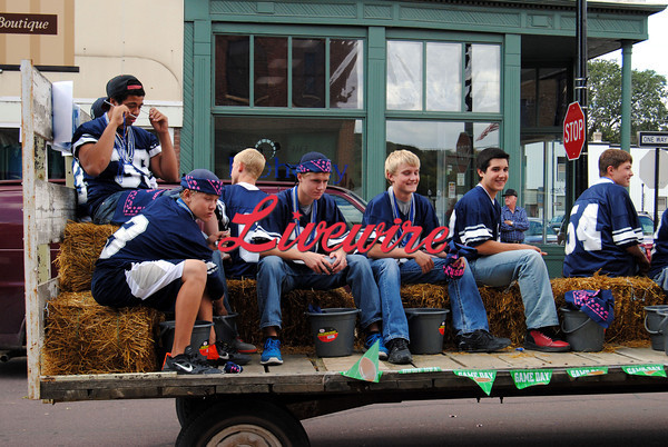 Homecoming Parade-RB 305