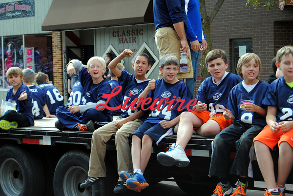 Homecoming Parade-RB 271