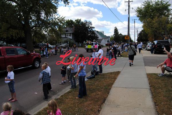 Homecoming Parade-RB 435