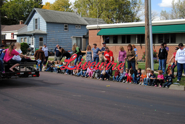Homecoming Parade-RB 371