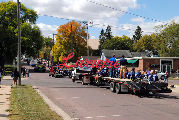 Homecoming Parade-RB 364