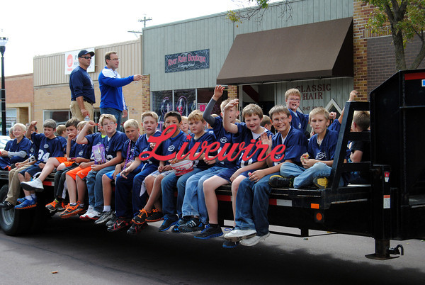 Homecoming Parade-RB 264