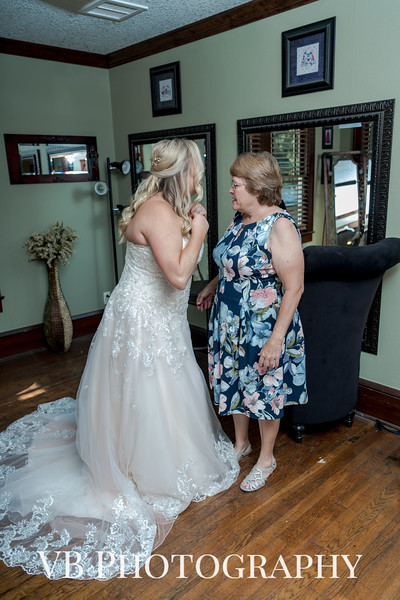 Jamie and Richard Wedding - October 2018 - The Hilliard Mansion - VB Photography-127