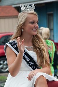 2014 Shrimp Festival Young Miss Queen