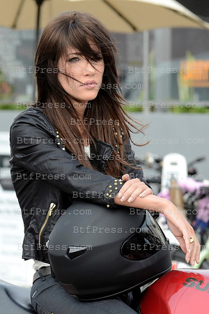 "Excclusice- Jacquelie Macinnes Wood during the set of ""The Bold And The Beautiful"" in Venice Xalifornia."