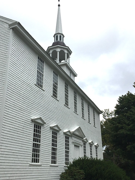 Old Brooklyn Meeting House, Brooklyn, CT. September 27, 2018. See https://www.colonialmeetinghouses.com/mh_brooklyn.shtml