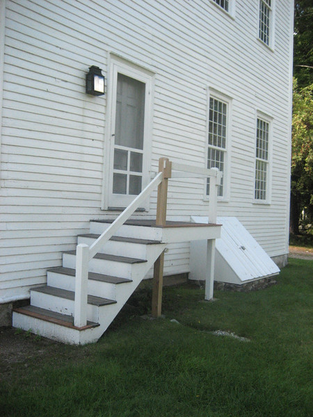East end of Meetinghouse showing entry. August 28, 2015.