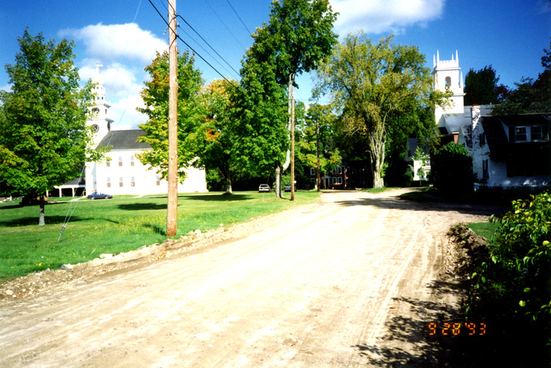 Maple St (Laban Ainsworth Way) before re-paving. September 28, 1993.