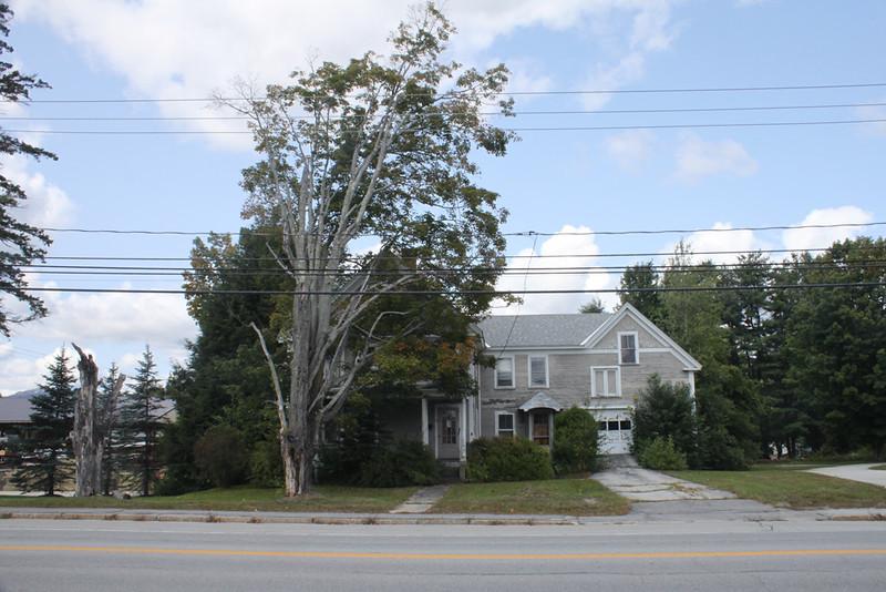 Myrtle Farrin house, Turnpike Road opposite shopping plaza. Demolished April 2019.