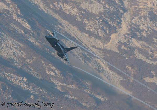 XX833 (QINETIQ) Jaguar T.2 - 17th December 2007.
