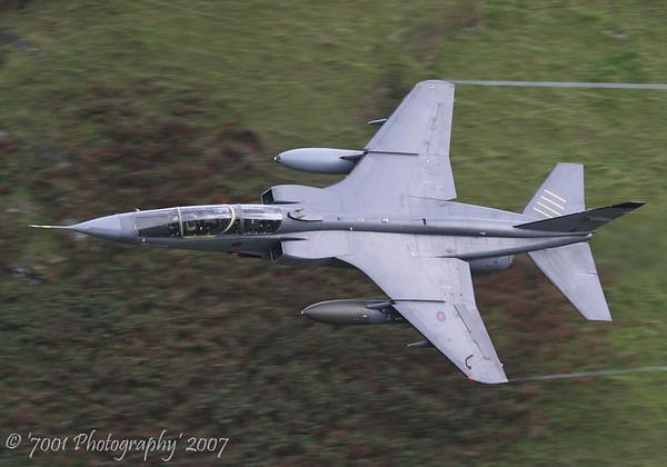 XX833 (QINETIQ) Jaguar T.2 - 17th August 2007.
