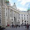 Der Michaelertrakt der Wiener Hofburg