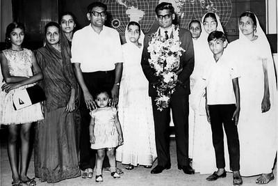 Jain Emigrant Leaving Mumbai for the US (Mumbai, India)