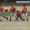 How many Mets does it take to get the ball?  Hilarious!
