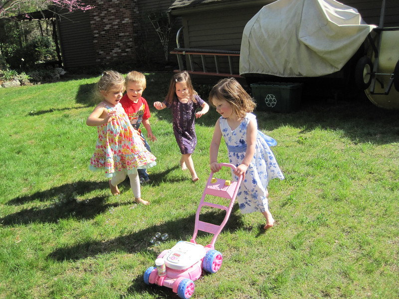 Rose Alonzo, Drew Jean, Kylie and Lucey Jean<br /> April 21, 2012 - Charlotte's 2nd Birthday.