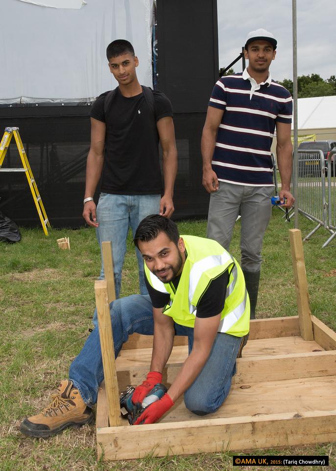 Handymen volunteers at work!