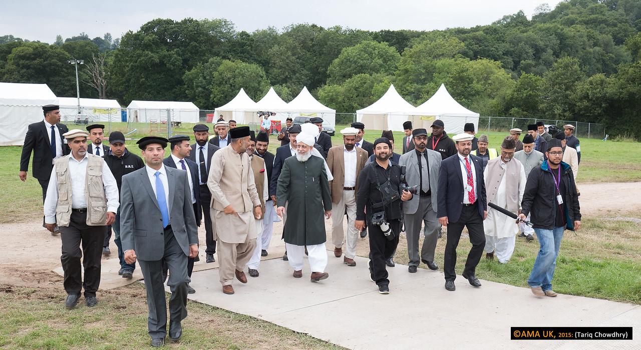 Huzur on inspection tour at Hadeeqatul Mahdi - the site of the Jalsa Salana