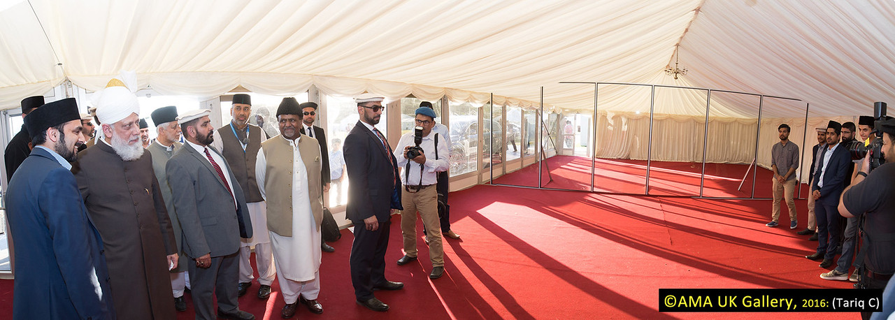 During the inspection, Hazrat Mirza Masroor Ahmad visited the various departments tasked with organising and running the three-day event. His Holiness was briefed on the arrangements as he inspected the site. This is the Review of Religions marquee which will house 2 very special exhibitions.