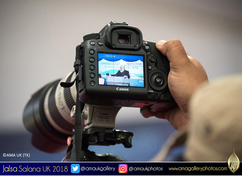 Teams of photographers from various depts will capture special moments of #JalsaSalanaUK. Photos can be viewed on various social media & some will appear on the website: http://amagalleryphotos.com