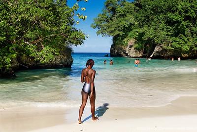 JAMAIQUE. Plage de Frenchman Cove. Une des plus belles criques du monde,