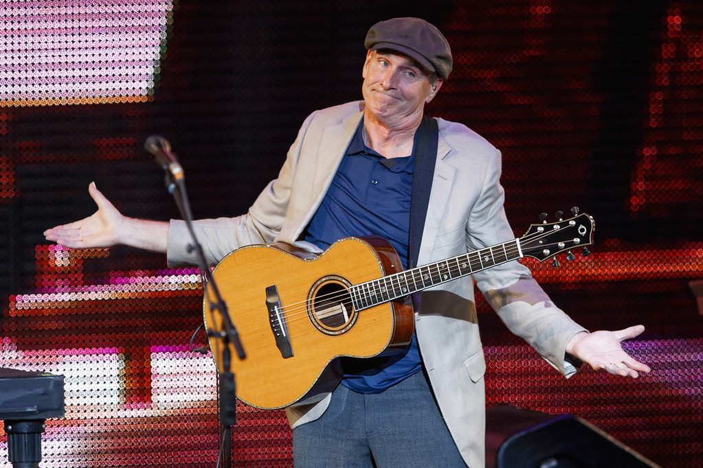 . James Taylor live at DTE Music Theatre on 8-8-17.  Photo credit: Ken Settle