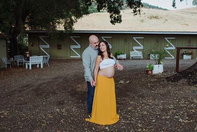 Janae_Mike_Maternity_www jennyrolappphoto com-19