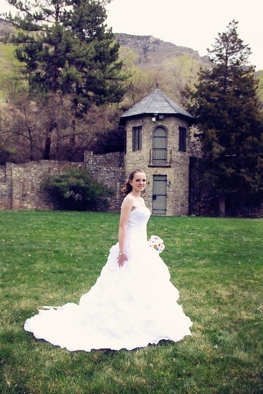Jenessa's Bridals